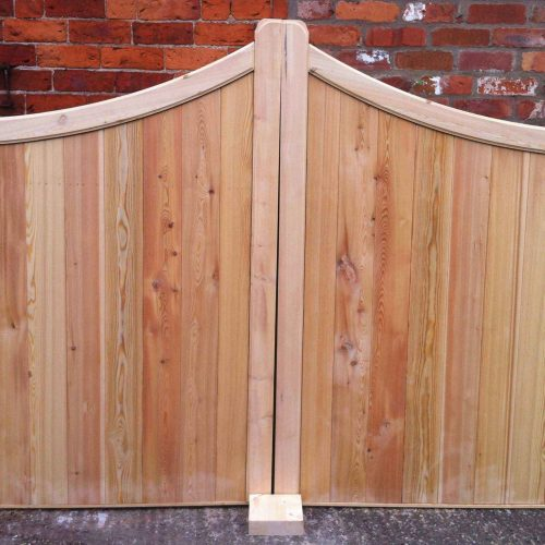 Peak Top Double Sliding Gates