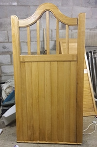 Swan Neck Spindle Wooden Side Gates