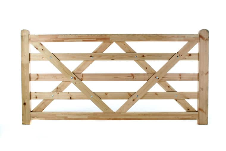 Flat Top 5 Bar Wooden Field Gate