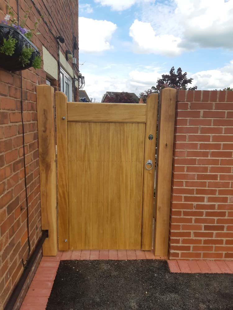 Driveway gates, Wooden Gates, Electric Gates, Entrance Gates, Hardwood gates, Bespoke Gates, Side gates